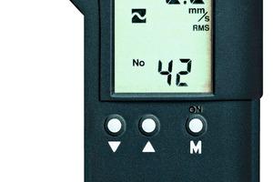 Detecting machine vibrations • Maschinenschwingungen detektieren<br />