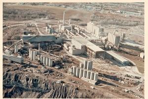 "<div class=""bildtext_en"">The old Essroc cement plant at Martinsburg, West Virginia/USA</div>"