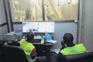 "<div class=""bildtext_en"">5 The plant is able to optimize processes, improve the flow of goods and information, avoid loading errors, and to reduce waiting times by using the Haver Control process control and shipping system</div>"