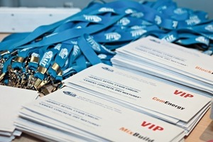 """<div class=""""bildtext_en"""">1 Over 530 delegates from 25 countries came to the largest special event in Russia in the sector of building material </div>"""